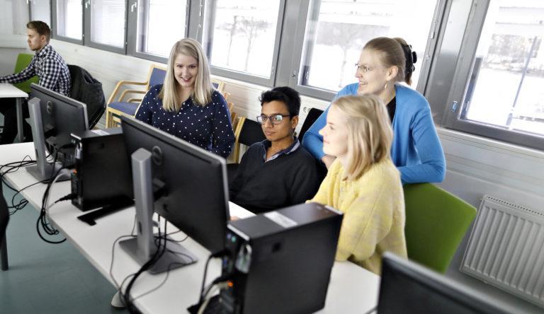 Uusi tieto- ja ohjelmistotekniikan diplomi-insinöörikoulutus